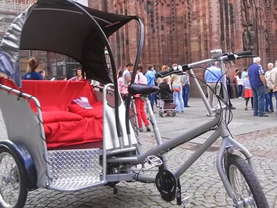 Cab trike with hood.